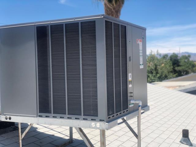 Completed new Installation of a 3 ton RUUD brand rooftop packaged heat pump A/C unit in North Las Vegas. Complete with a 10 year warranty