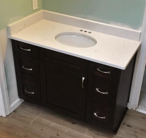Richmond, VA - We love our Chocolate Shaker vanity cabinets in combination with our in-stock Classical White Quartz!