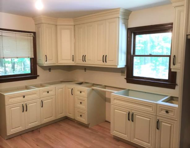 Chesterfield, VA - Our installers just wrapped up setting these beautiful vanilla maple wood cabinets for a customer.