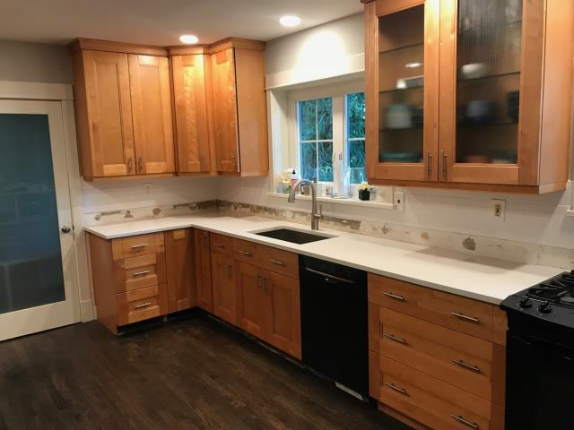 Richmond, VA - I am so happy to help a new homeowner who has a kitchen we installed a couple of years ago.   We added more cabinets in addition to installing a new quartz countertop.