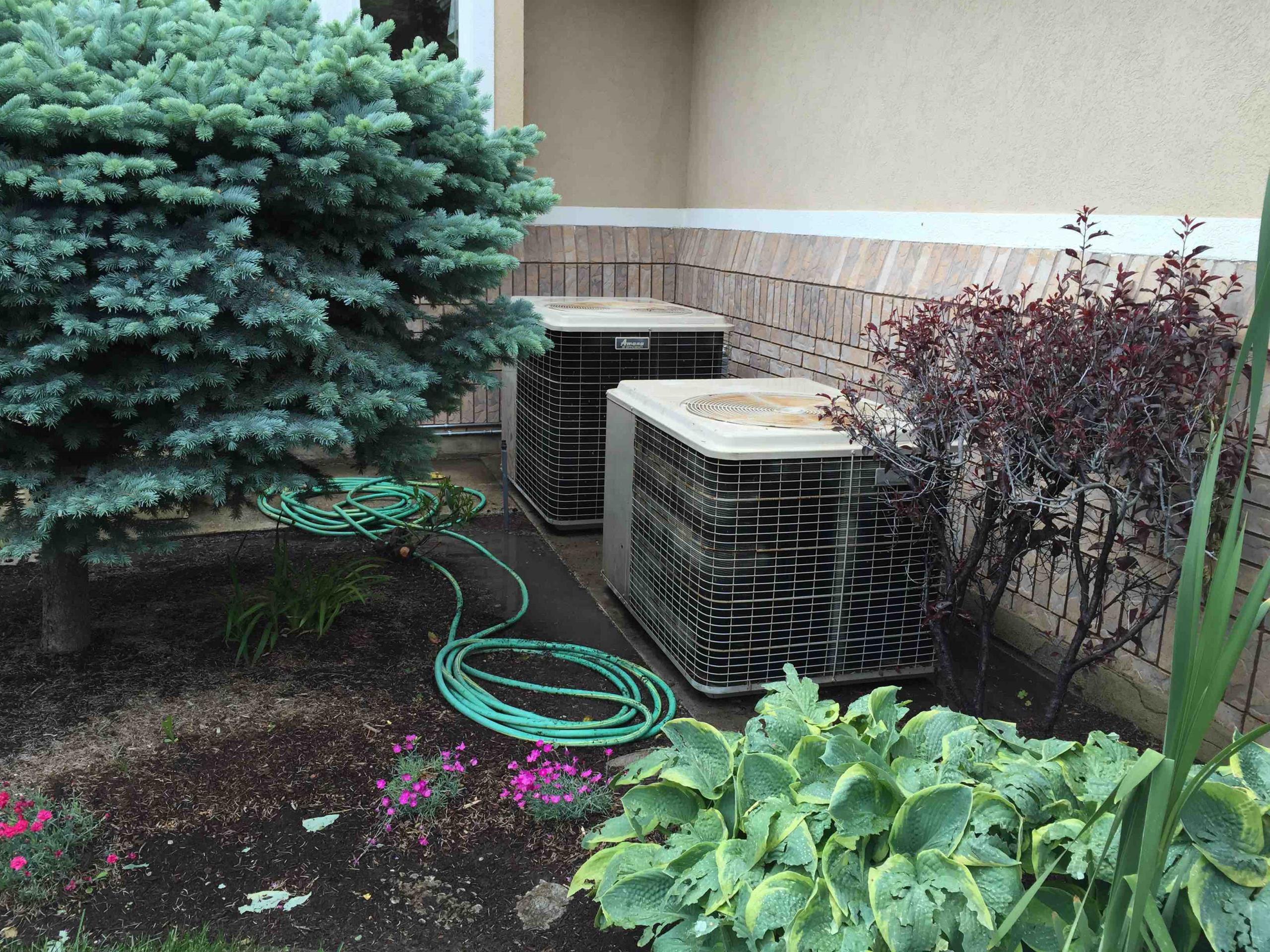 Bountiful, UT - 2- a/c service. tune up on 2- amana condensers