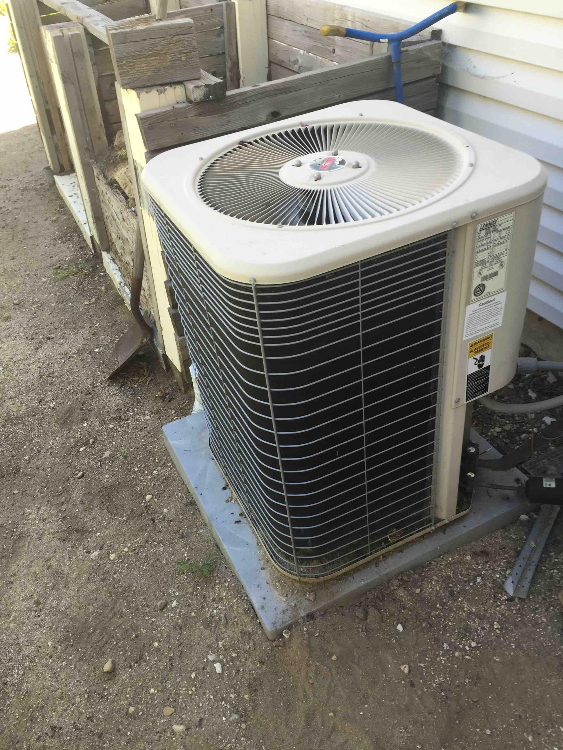 Sandy, UT - annual maintenance on a Lennox air conditioner