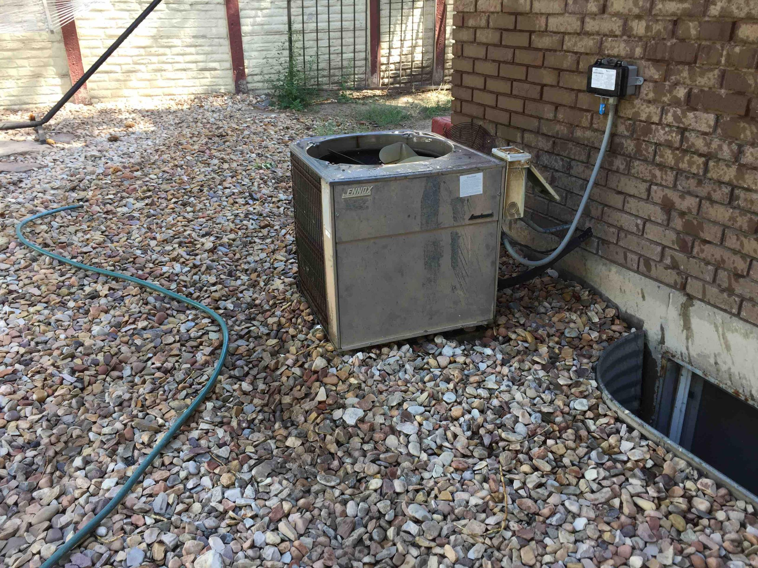 South Jordan, UT - a/c service, tune up on a Lennox air conditioning system.