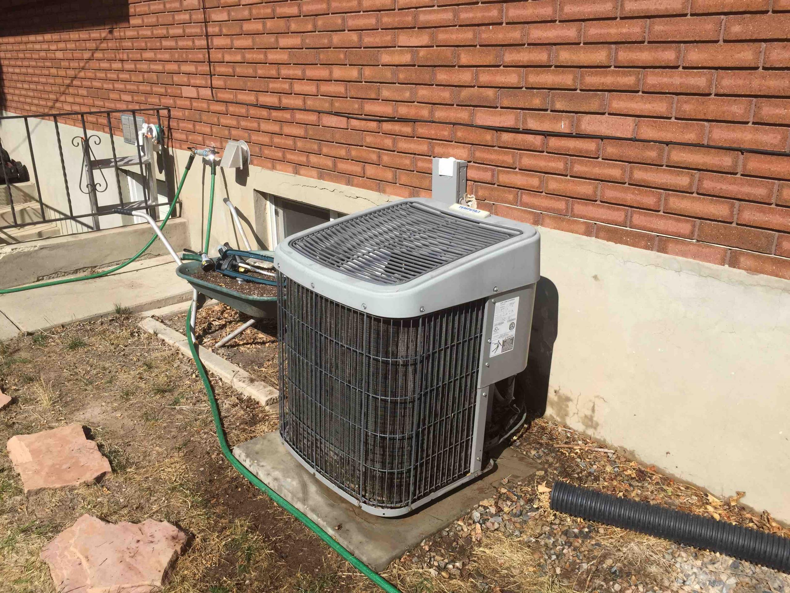 Cottonwood Heights, UT - a/c service. clean coil and service tempstar condenser