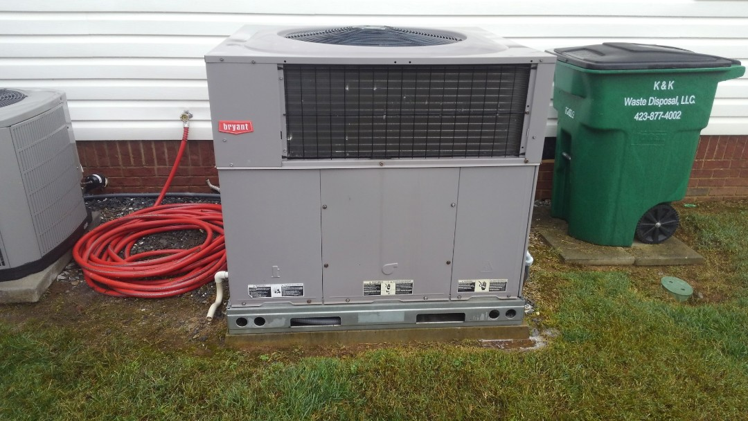 Ooltewah, TN - AC maintenance, Bryant heat pump package air conditioner tune up.
