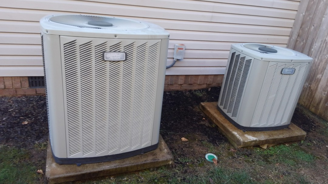 Ooltewah, TN - Ac maintenance, American standard air conditioner and furnace tune up.