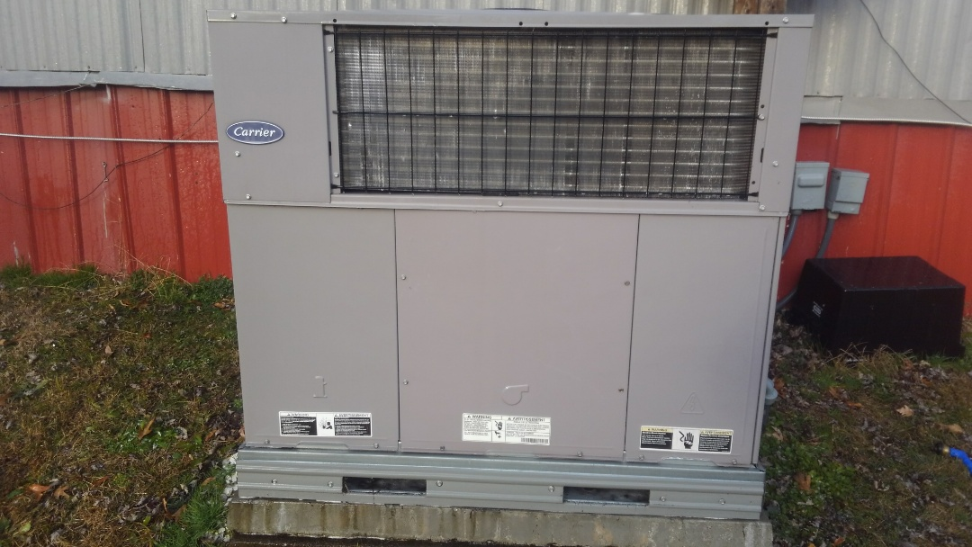 Cleveland, TN - Carrier Ac maintenance, heat pump and air conditioner tune up.