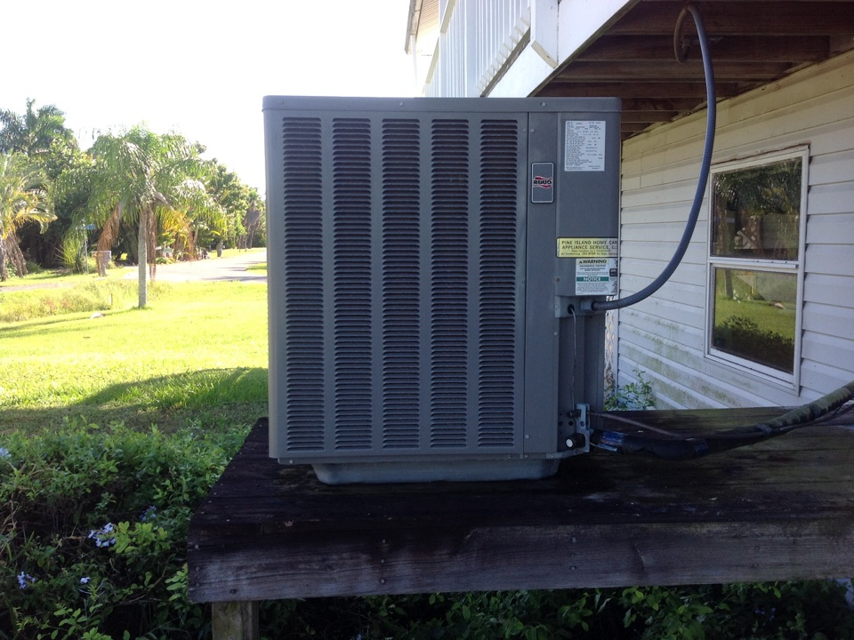 Bokeelia, FL - Performing a tune up on a Rudd air conditioning system