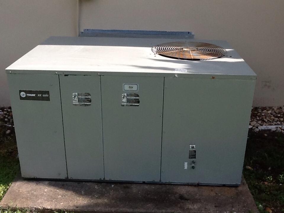 Lehigh Acres, FL - Air conditioning tune up