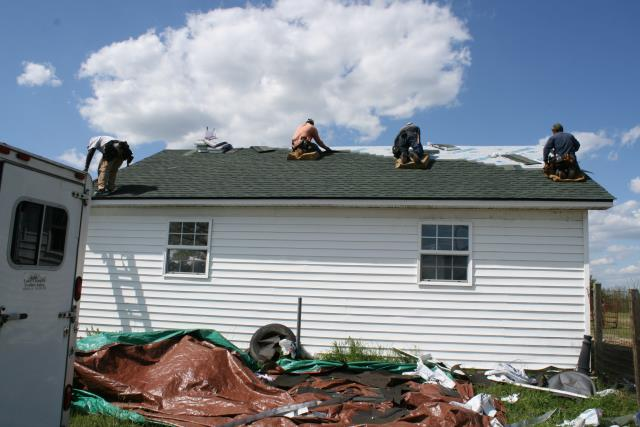 Louisburg, NC - Complete roof replacement with GAF Timberline HD in Hunter Green