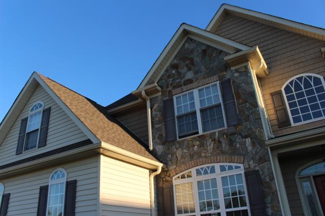 Goldsboro, NC - Beautiful newly replaced roof with GAF Timberline HD in Mission Brown
