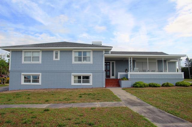 Beaufort, NC - New roof, siding & windows for this beautiful Beaufort property