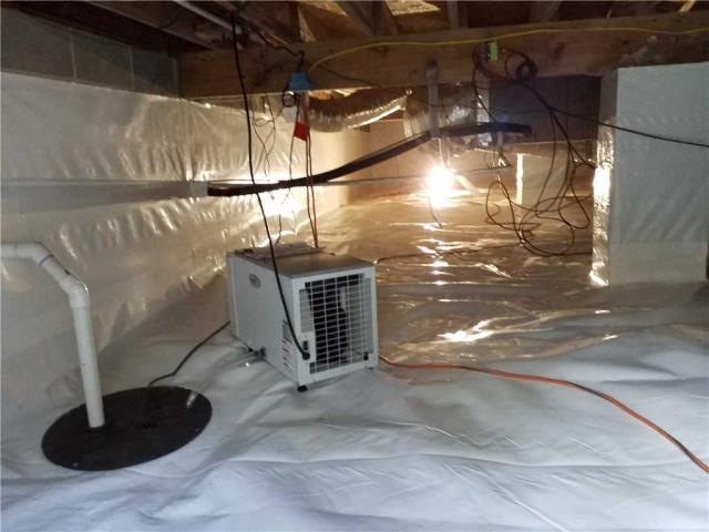 Carrollton, GA - Just finished encapsulating a crawlspace !!