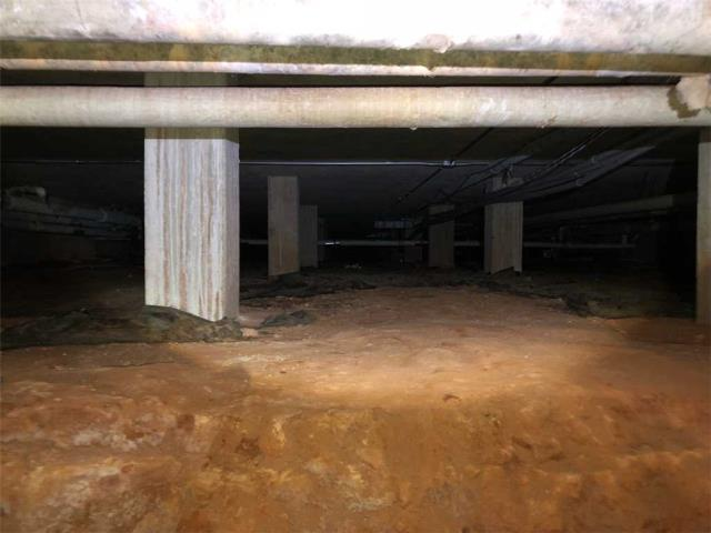 Carrollton, GA - Inspecting a crawlspace customer is interested in Encapsulation