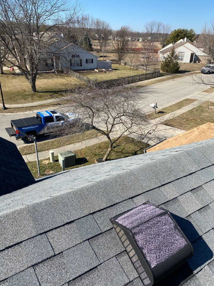 Indianapolis, IN - Inspecting a roof