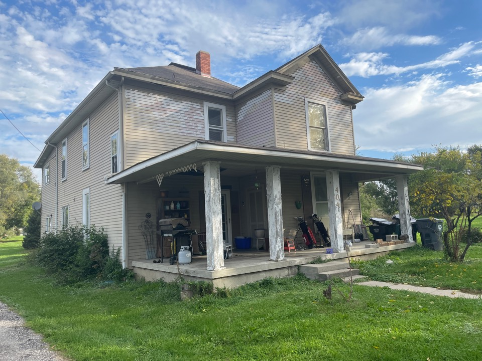Alexandria, IN - Giving quote for porch roof
