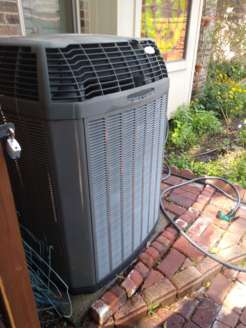 Dallas, TX - Performed AC maintenance on Trane system in Dallas