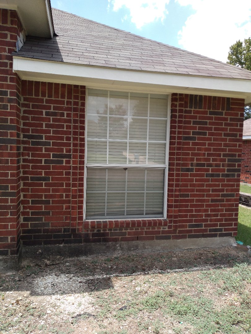 Frisco, TX - Doing a window replacement estimate in Frisco Texas