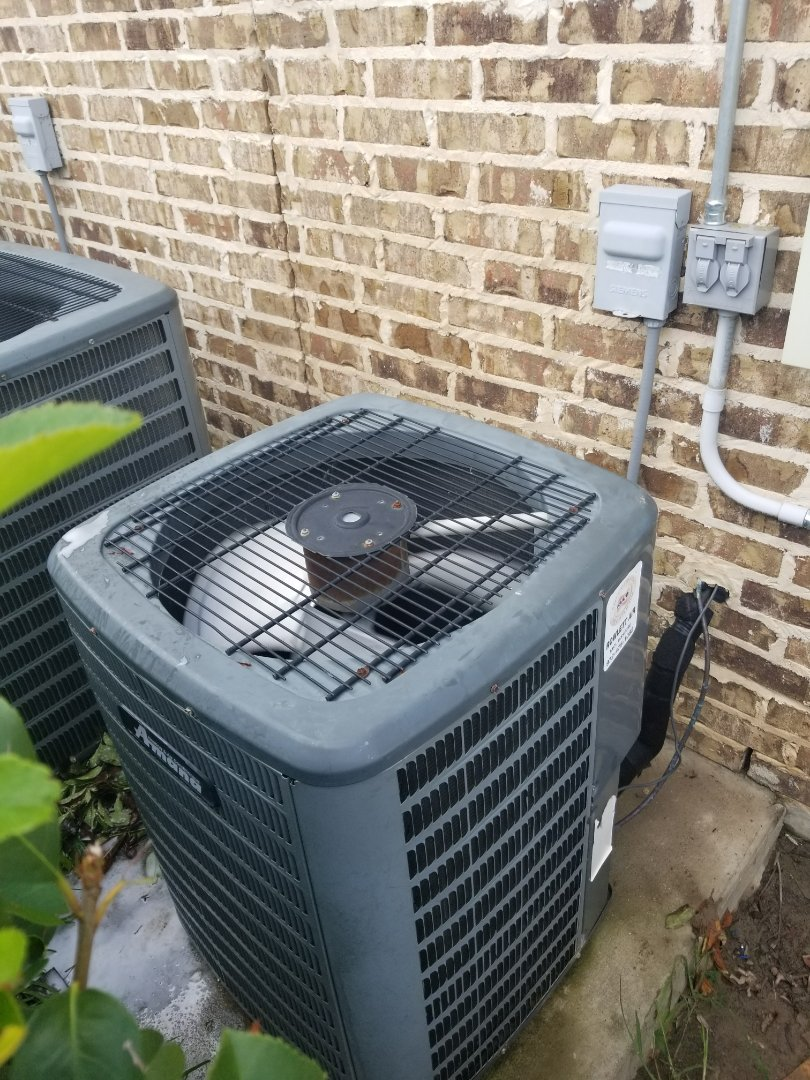 Heath, TX - changing out capacitors