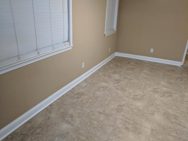 Milton, FL - Replaced water damaged sheetrock and retexture with knockdown and paint