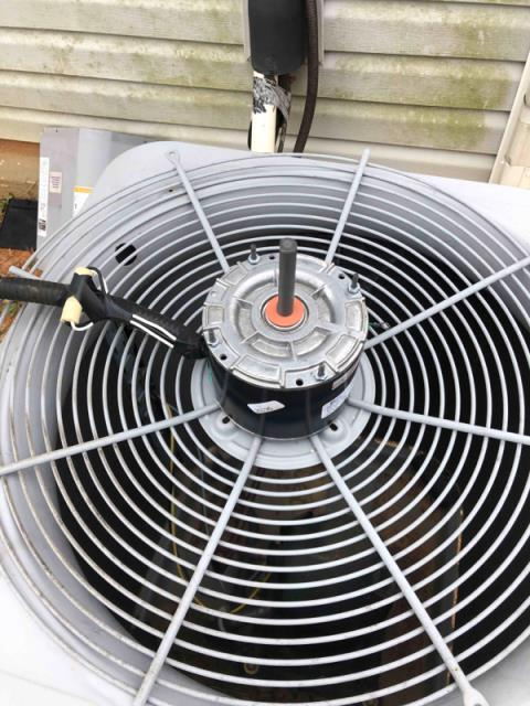 Clayton, NC - Replacing Trane condenser fan motor