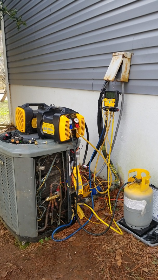 Raleigh, NC - Replacing trane TXV in North Raleigh.