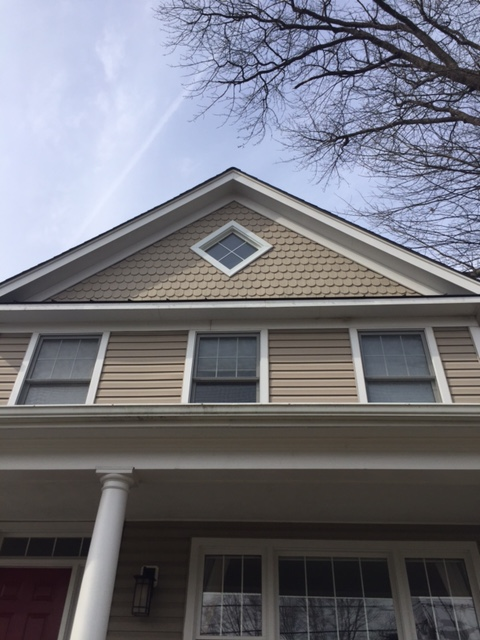 Arlington, VA - Flapping metal fascia and rotted wood siding replaced with new aluminum siding and trim that never needs painting!