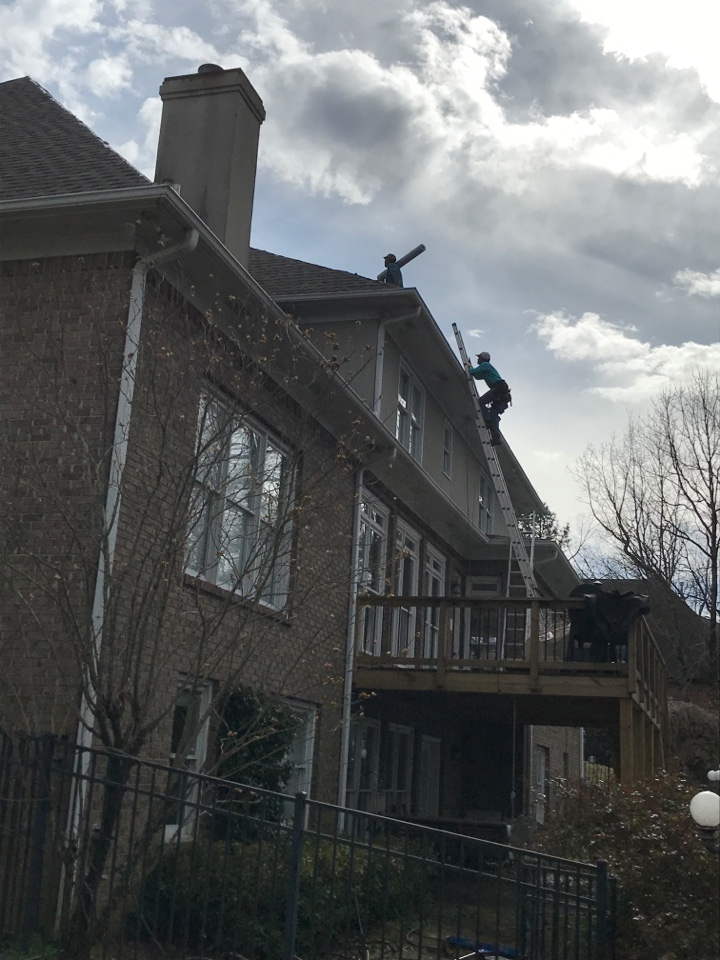 Birmingham, AL - Removing and replacing another large roof in Hoover Alabama