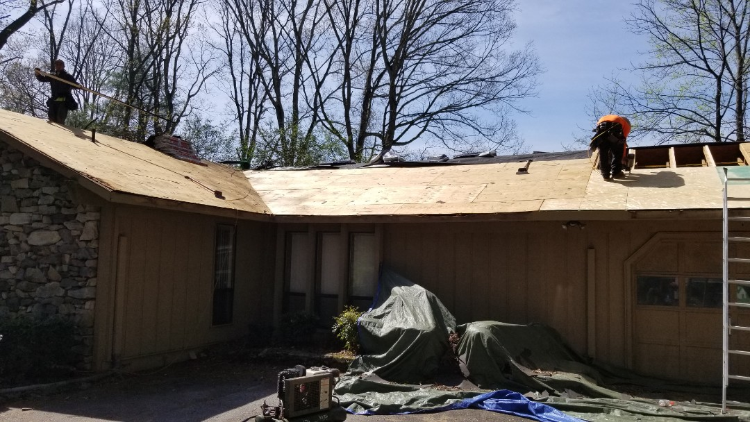 Hendersonville, NC -  Roof deck repair and leveling. Independent Construction Services is a GAF Master Elite roofing contractor with all appropriate licenses and insurance to take care of your roofing, siding, guttering and painting (exterior and interior) needs. Centrally� located� in� Mills River,� NC,� we are able to service both the greater Asheville and Hendersonville areas. Call us today at (828) 808-8482