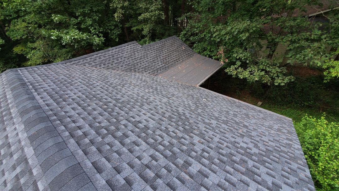 Hendersonville, NC - Another quality GAF Charcoal Timberline HD install. Independent Construction Services is a GAF Master Elite roofing contractor with all appropriate licenses and insurance to take care of your roofing, siding, guttering and painting (exterior and interior) needs. We also do church roofs and steeple cleaning, as well as algae and mildew treatments.� Centrally� located� in� Mills River,� NC,� we are able to service both the greater Asheville and Hendersonville areas. Call us today at (828) 808-8482