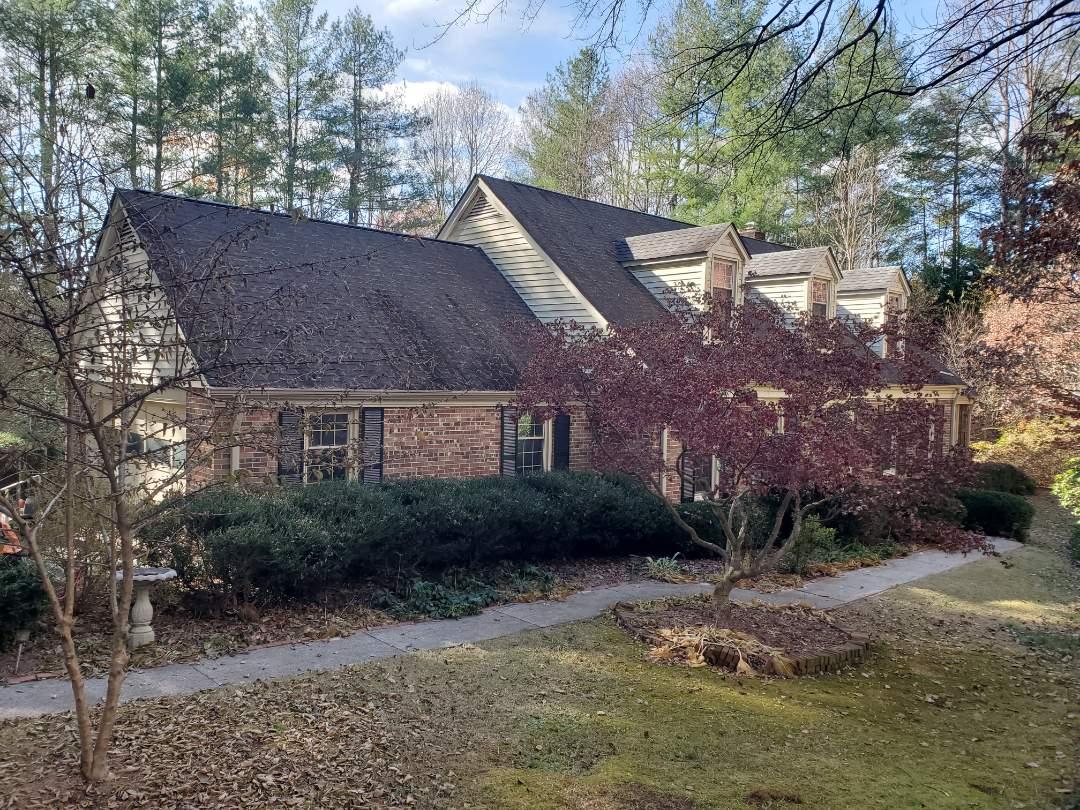 Hendersonville, NC - Gaf roof estimate. Painting estimate. Gutter estimate. Leaf guard estimate.  Interior repair estimate.