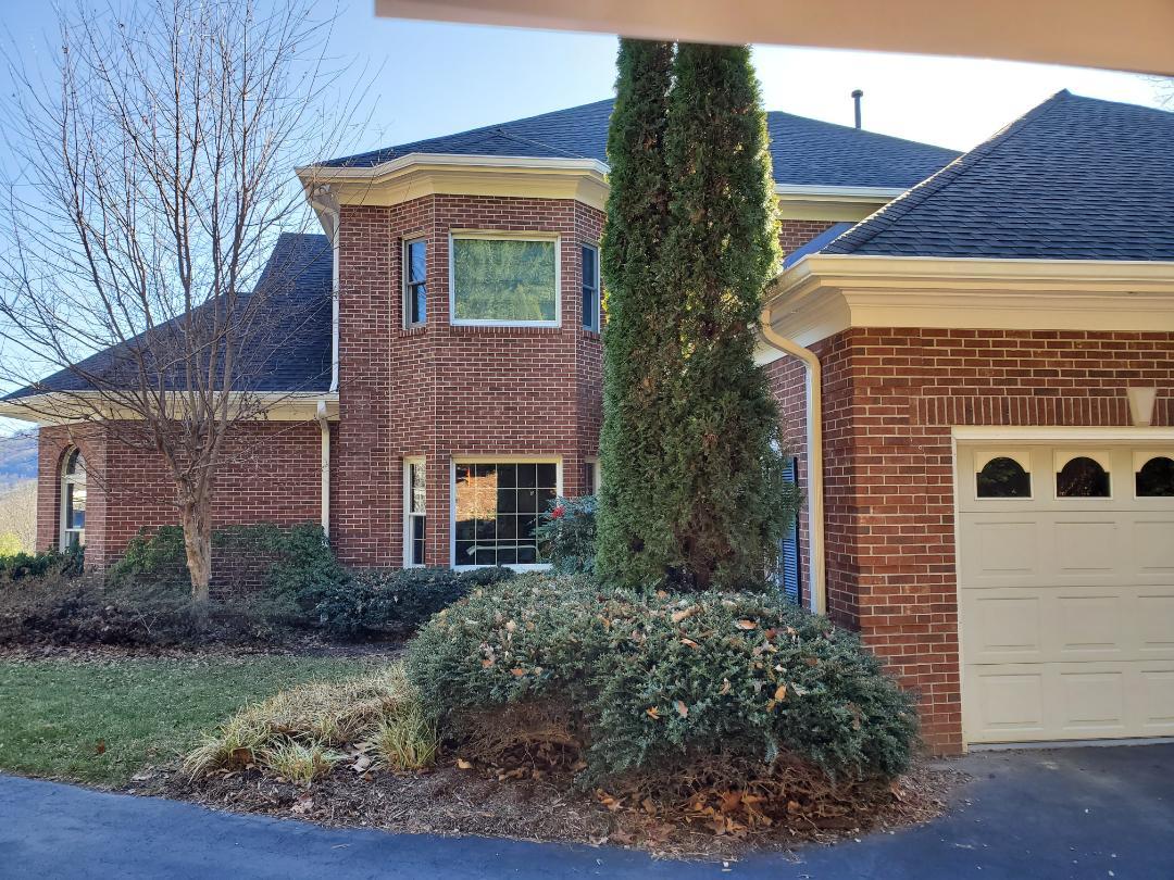Asheville, NC - Roof replacement estimate.  Exterior paint estimate.  New gutter estimate.