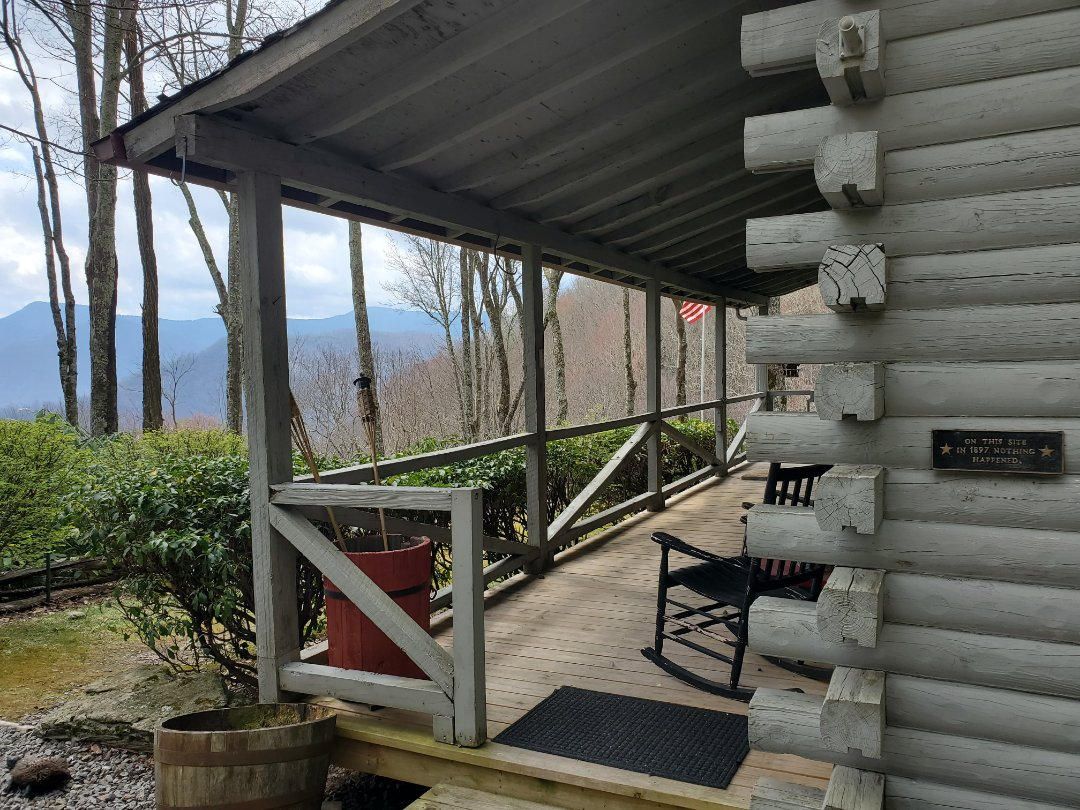 Maggie Valley, NC - New roof estimate. Roof replacement.  Independent roofer