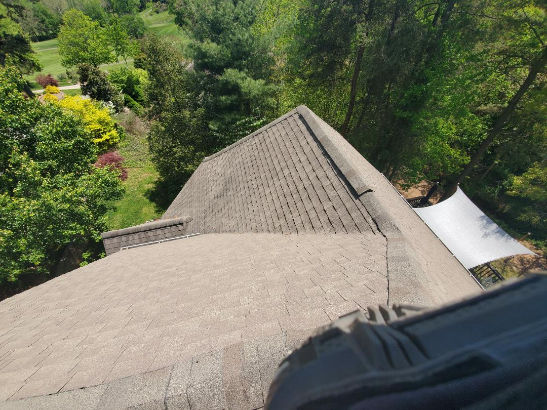 Weaverville, NC - Wind damage,  hail damage,  storm damage repair.  Roof leak,  roof replacement estimate. GAF Master Elite,  independent construction,  independent contractor,  independent roofer.