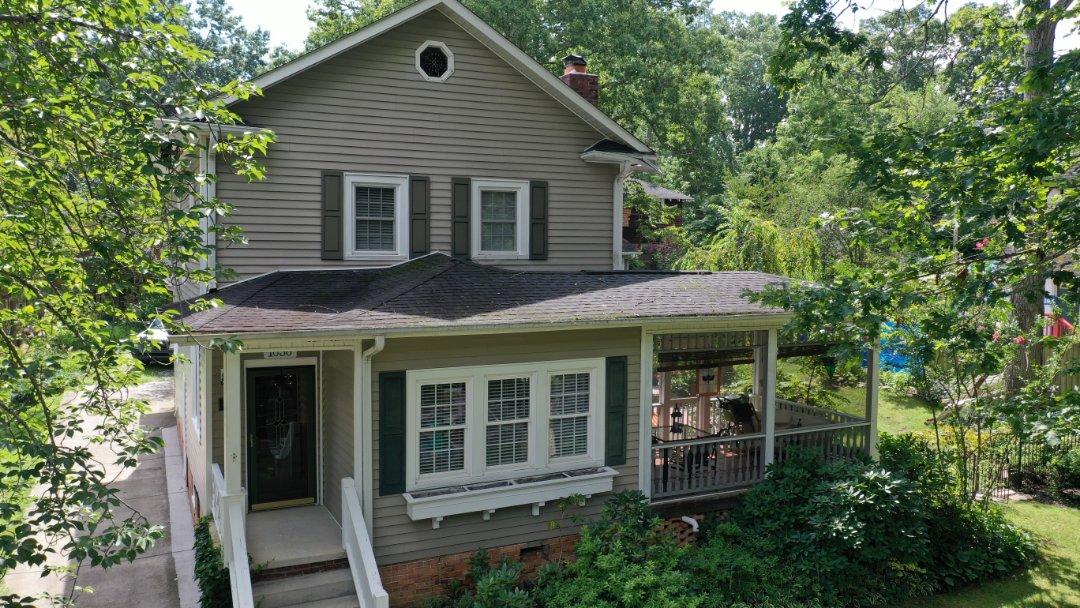 Hendersonville, NC - Tree damage, need to replace the roof,  repair the gutters, repair fascia,  repair soffit,  deck replacement,  siding repair.