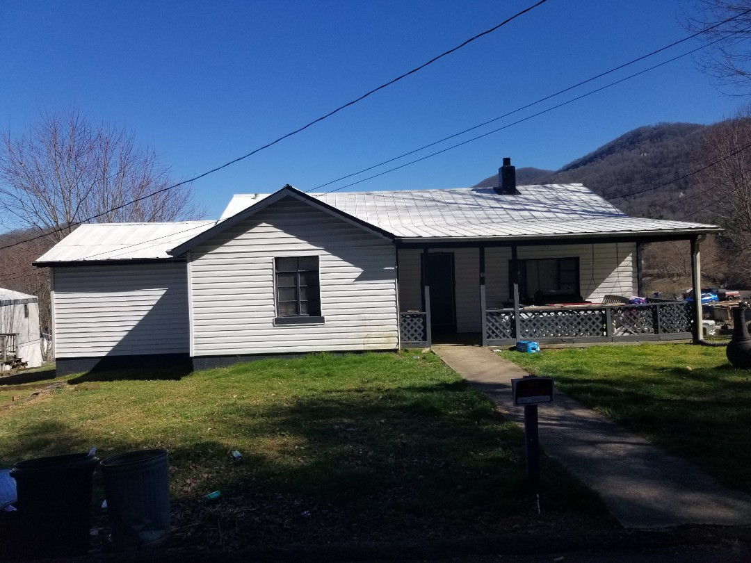 Waynesville, NC - Metal roof replace meant proposal. GAF Master Elite Contractor. Independent Construction Services. Roofing. Gutters. Siding.