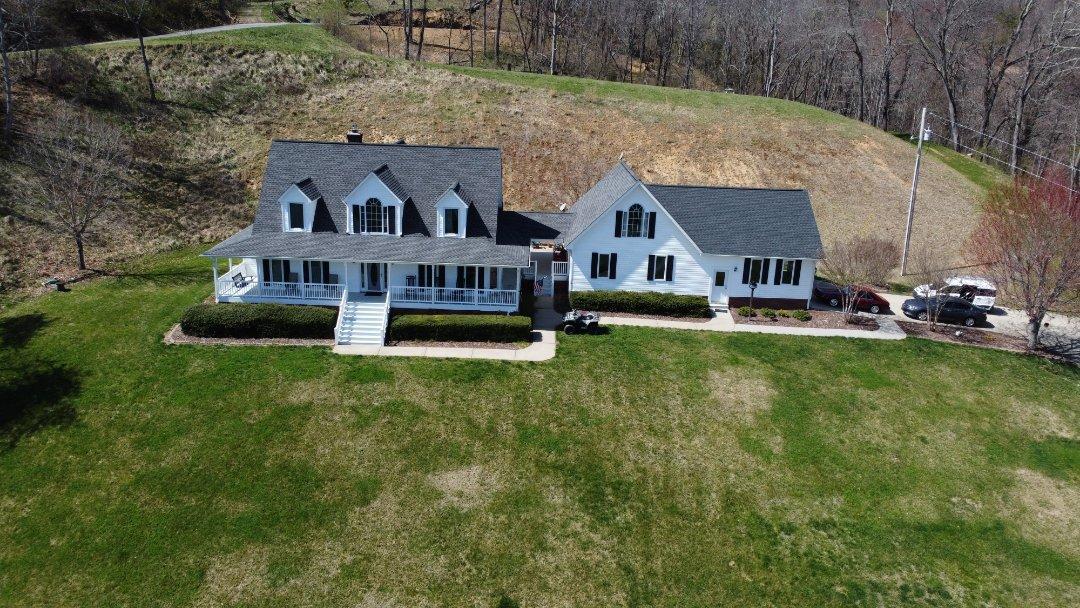 Waynesville, NC - Veriform Extreme Siding Estimate. Independent Construction Services LLC. Siding. Roofing. Gutters. GAF Master Elite Roofers.
