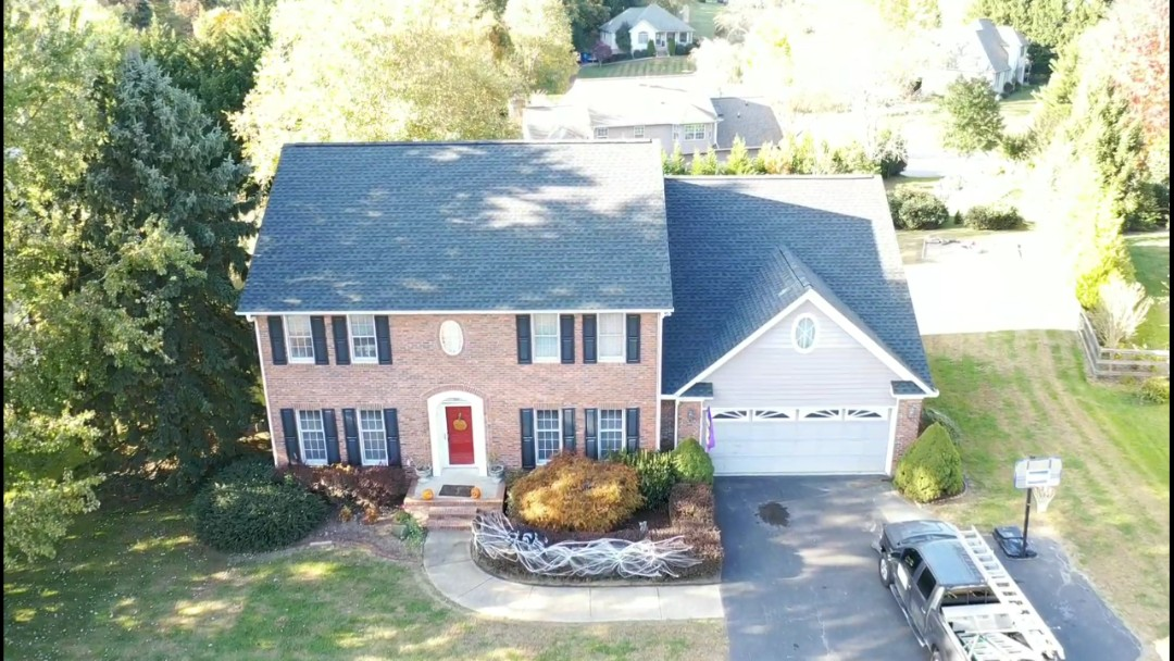 Mills River, NC - Another beautiful GAF to installed, this one in Timberline HD Charcoal.#AshevilleRoofingContractor#GAFroofing