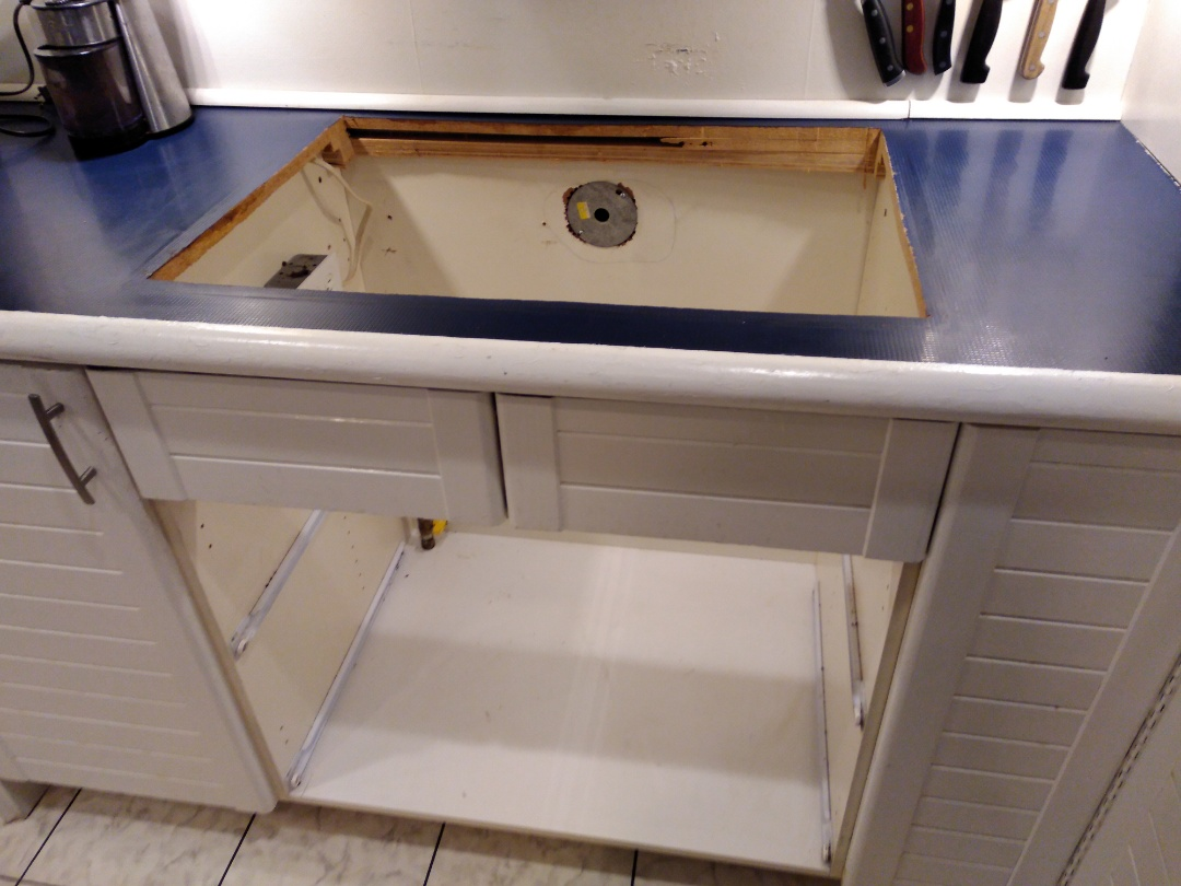 Old Toronto, ON - Removing gas cooktop for new counter installation