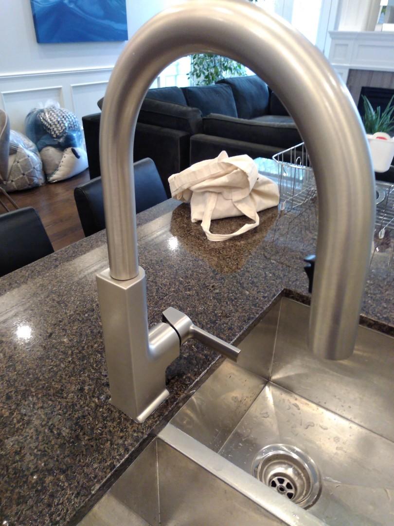 Tighten kitchen faucet