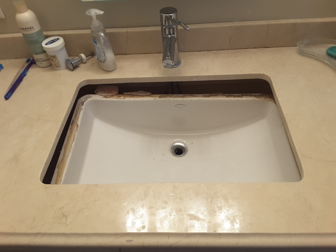 York, ON - Undermount sink came loose