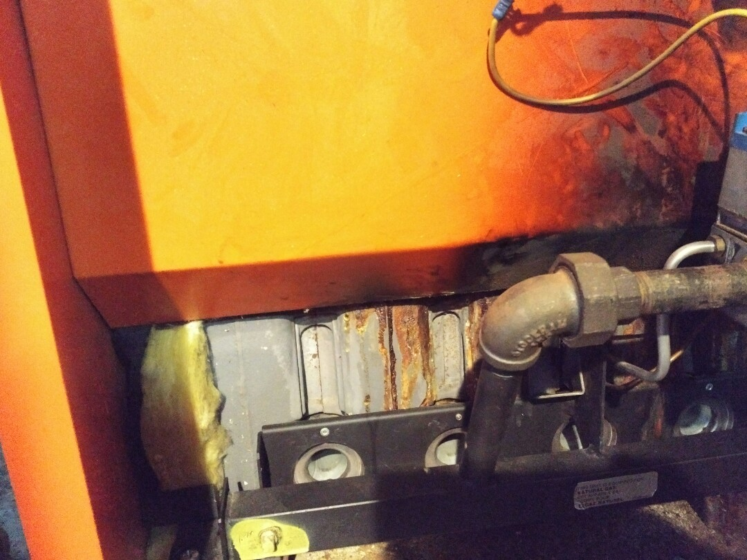 Old Toronto, ON - Boiler leaking at heat exchanger, needs to be replaced