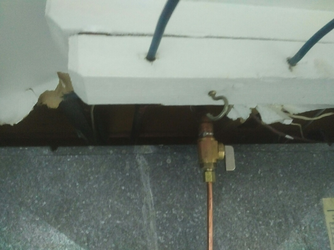 Mississauga, ON - Replaced saddle valve with humidifier shut-off valve