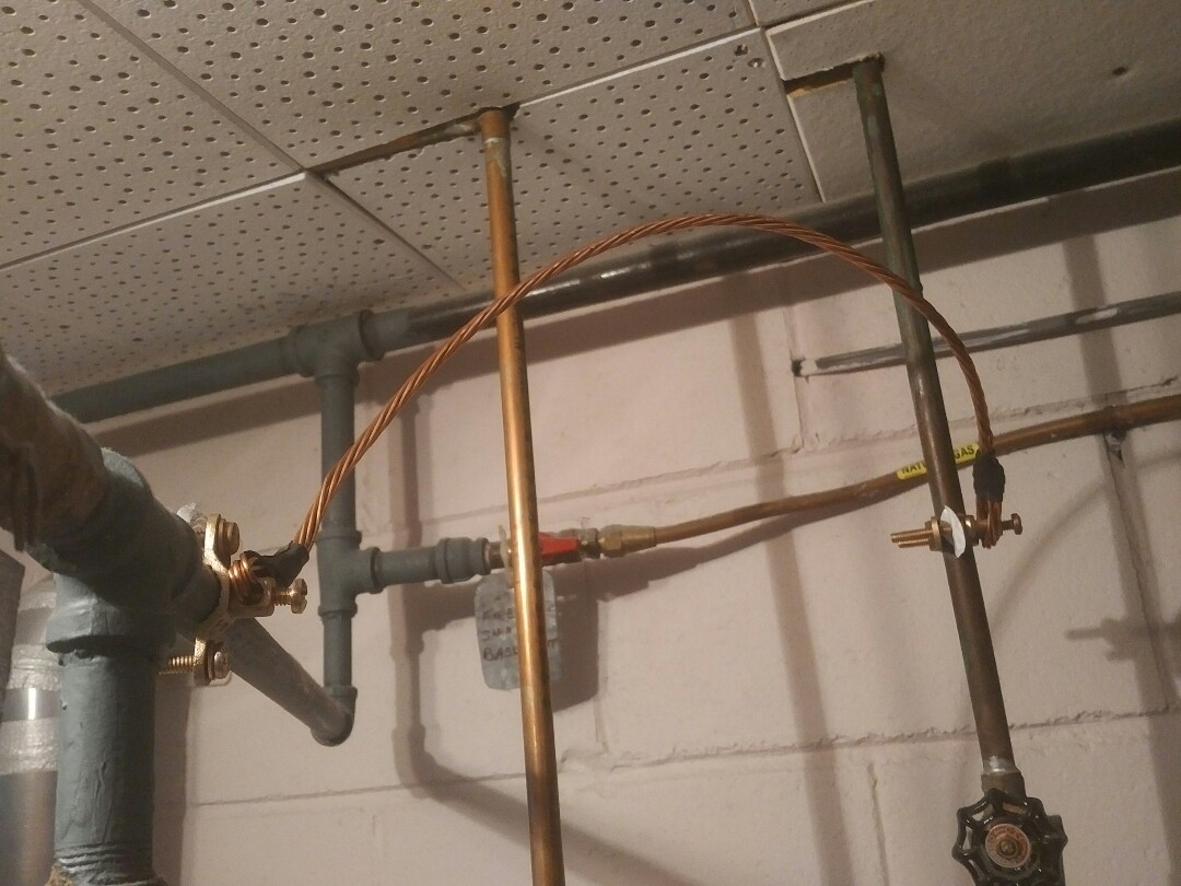 Installed bonding wire to gas pipe