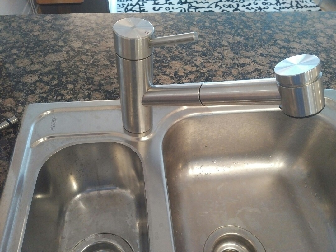 Leaking KWC faucet to be replaced