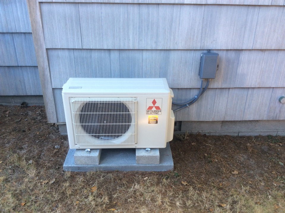 Neskowin, OR - Heating and air conditioning service visit. Installation of a Mitsubishi ductless Heatpump in Neskowin Or