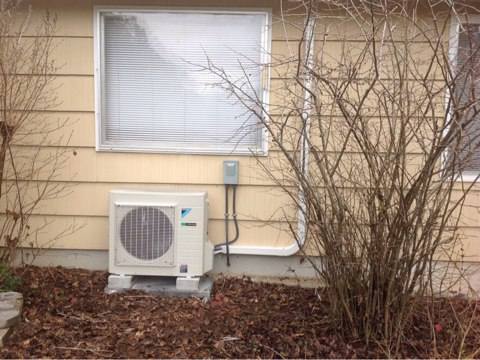 Philomath, OR - Installation of a Daikin 18LVJU ductless heat pump system in Philomath, Oregon