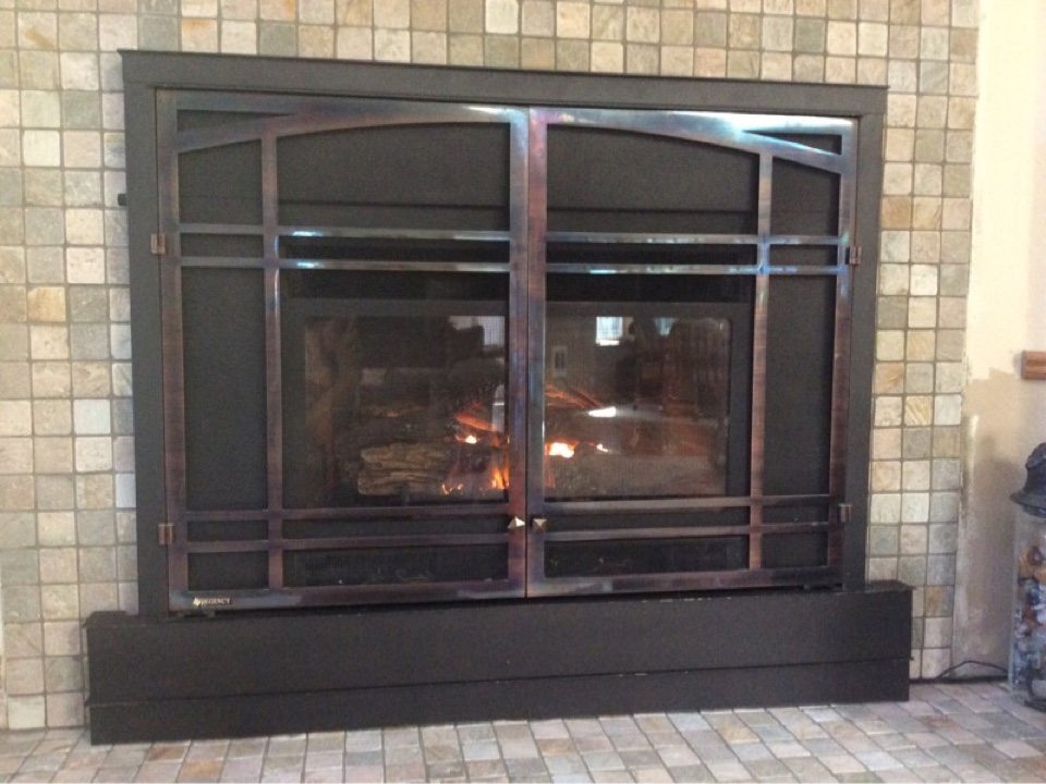 Waldport, OR - HVAC service visit to repair and perform the annual maintenance on a Regency Gas fireplace in Waldport Or