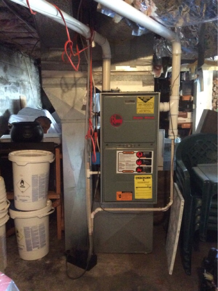 Toledo, OR - HVAC service visit to perform the maintenance on a Rheem gas furnace in Toledo Or