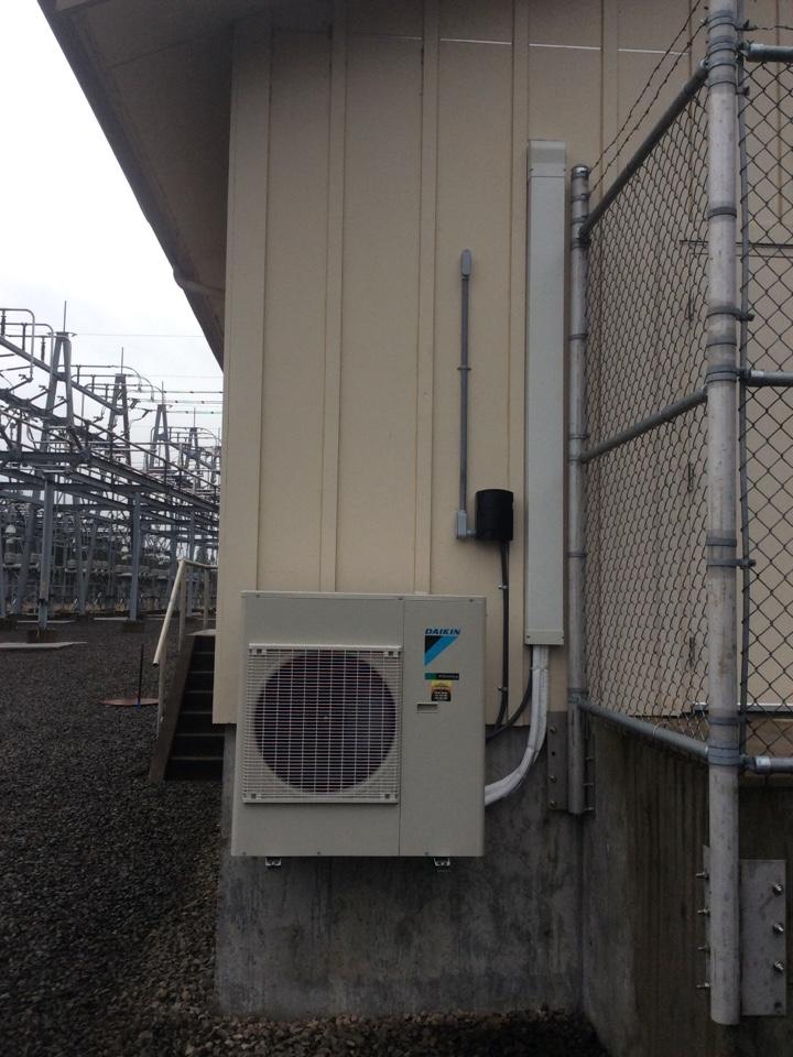 Toledo, OR - HVAC service Daikin Ductless Heat pump.